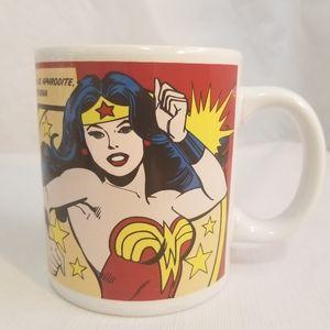 Rare Wonder Woman Coffee Mug Tea Cup DC Comics